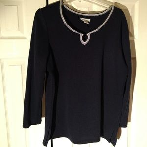 Avenue Sweater size 14/16